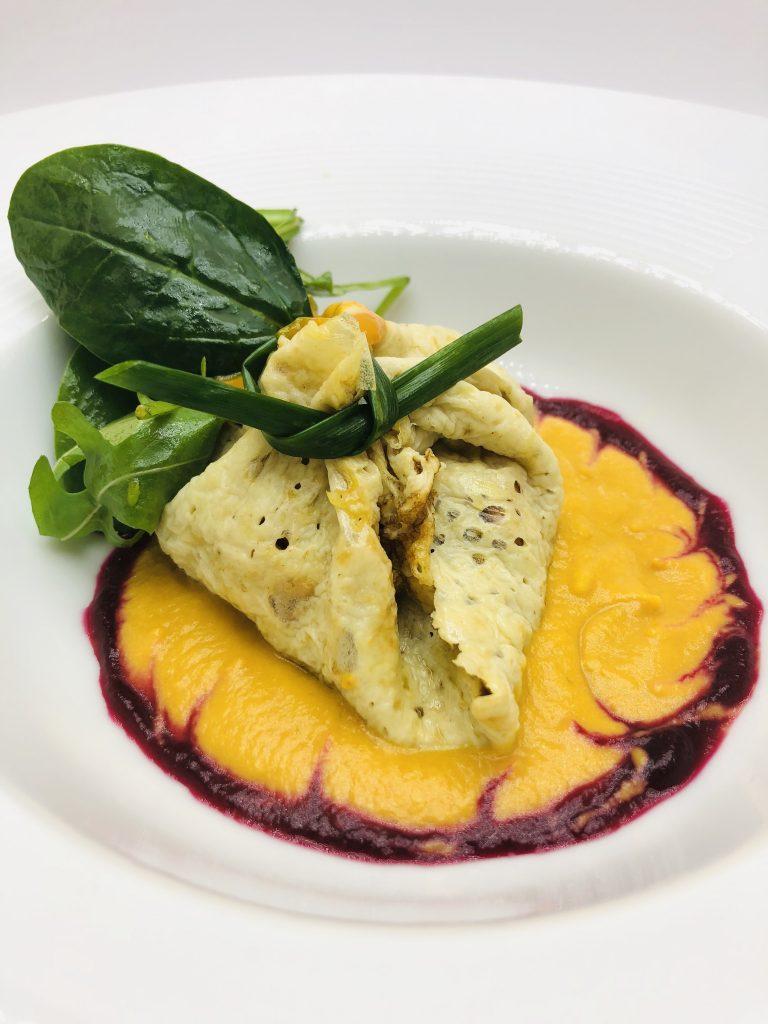 2. Shrimp ragu under a blanket, served over a ginger-carroty emulsion and fresh arugula(rucola).
