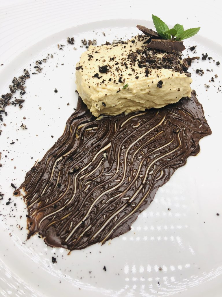 5. Deconstructed cheesecake with Baileys, coffee and Oreo cookies.
