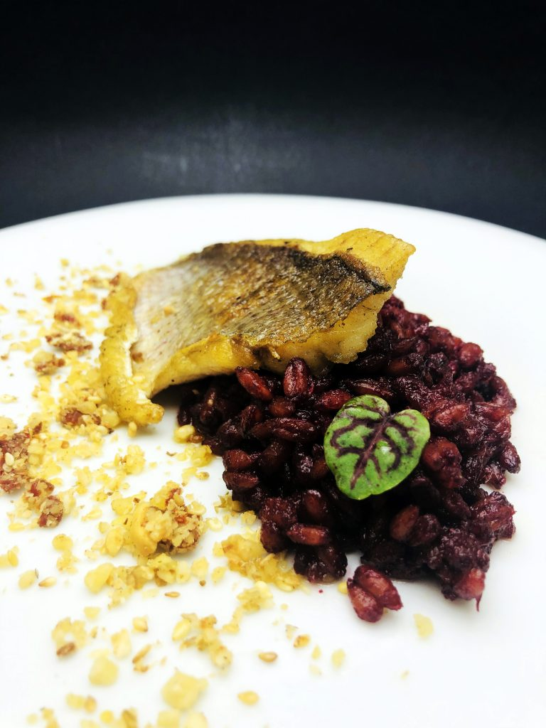 4. Fagri (sea bream) with crispy crust and spelt risotto with beetroot