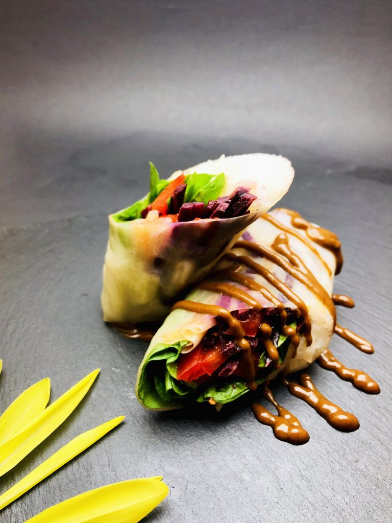3. Spring rolls froim rice paper, nudels, baby spinach, carrots, cucumber, Kimchu sauce and peanut dip