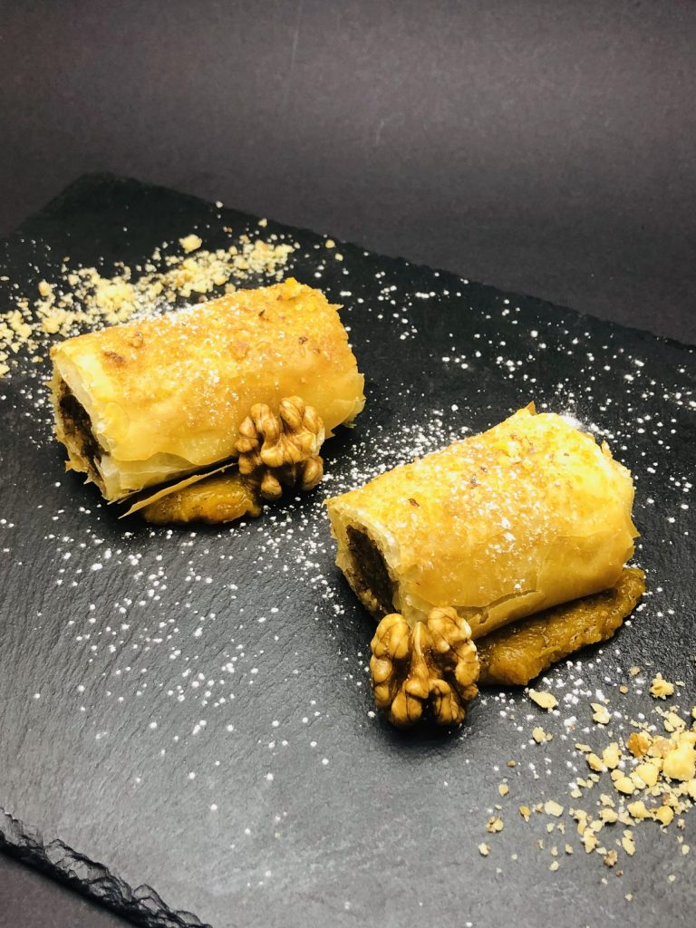 """5. """"Tikvenik"""""""" with mashed pumpkin, cinnamon and nutmeg and alcohol rehydrated raisins."""